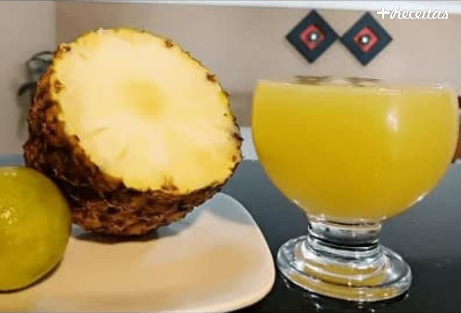 Suco de abacaxi com limão
