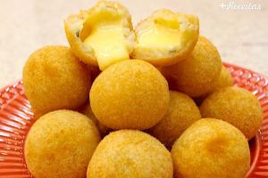 Bolinha de queijo com apenas 3 ingredientes